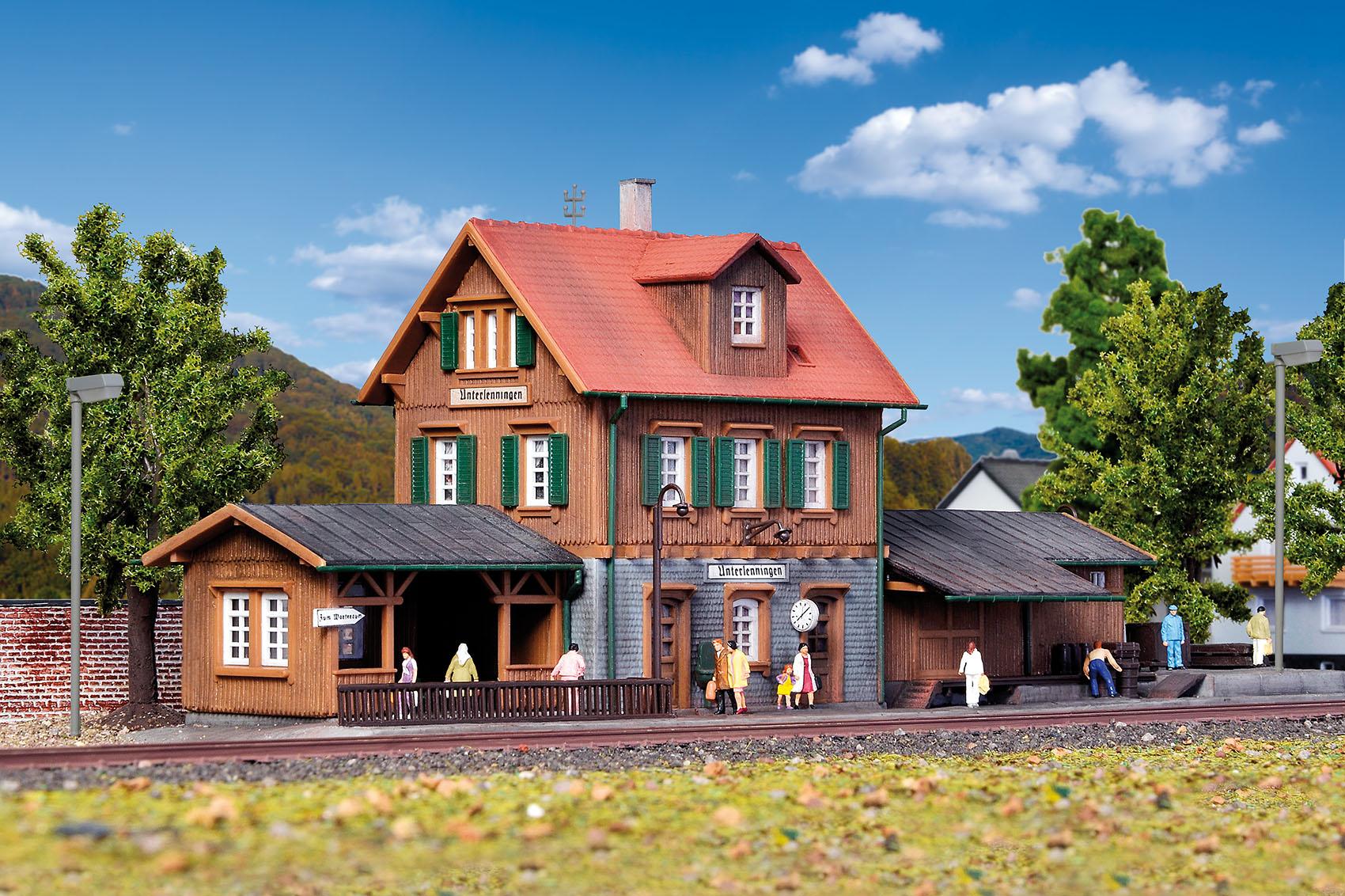 Kibri 37704 N Bahnhof Unterlenningen