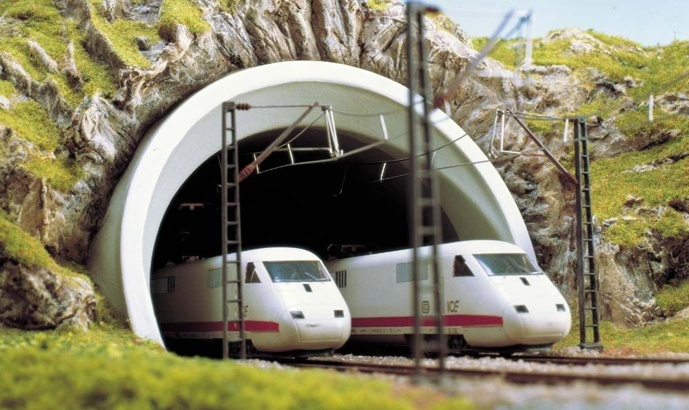 Busch 7021 ICE-Tunnelportal  2 gl. H0