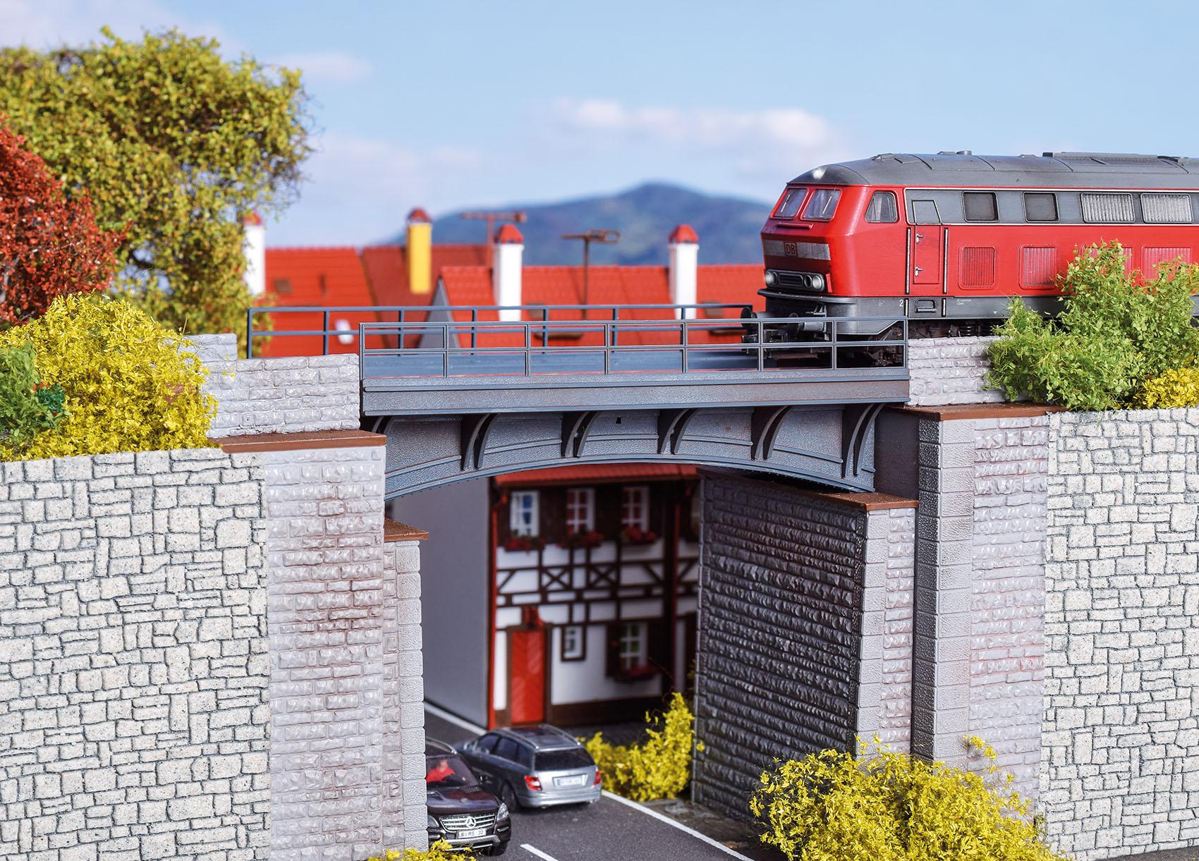 Vollmer 42544 H0 Bahnüberführung