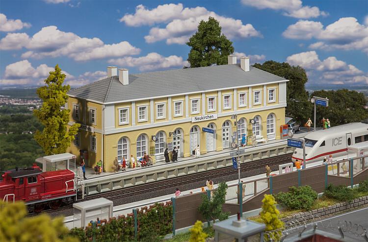 Bahnhof Neukirchen
