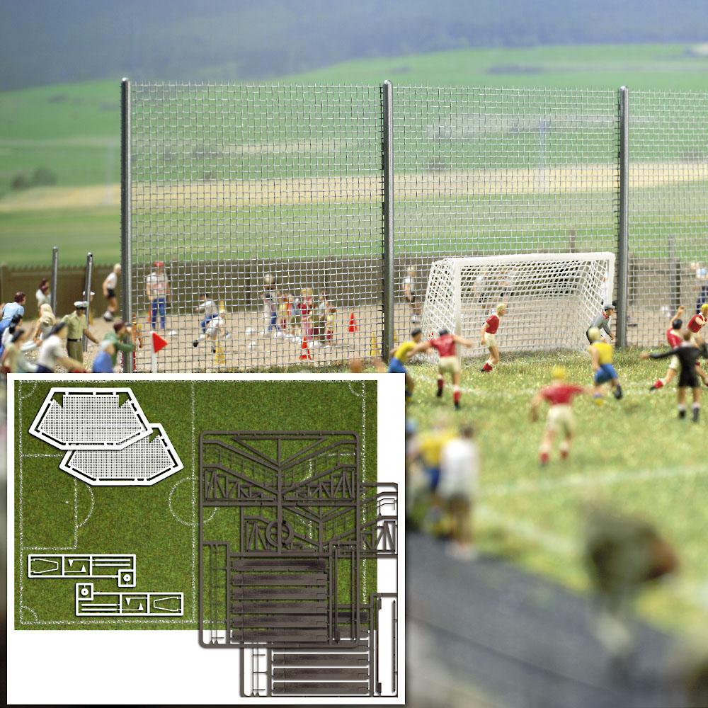 Busch 1052 Fußballplatz H0